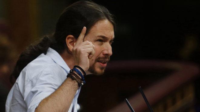Iglesias s'atribueix el lideratge de l'oposició en un ple convuls