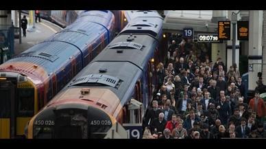 Els trens ja no aixequen la bandera blanca