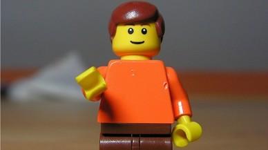 La Universidad de Cambridge busca un profesor que imparta clases de Lego