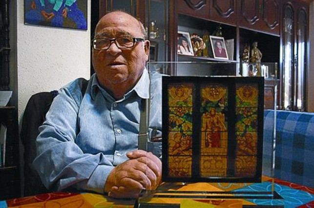 Tom�s Cupillar: �Un barrio sin reivindicaciones est� muerto�