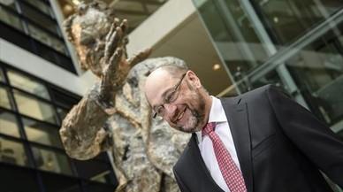 Los sondeos dan la victoria a Schulz frente a Merkel si hubieran elecciones hoy en Alemania
