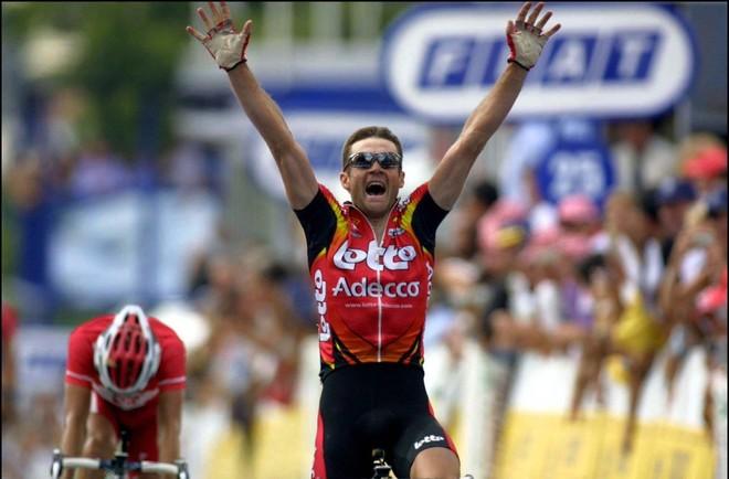 Serge Baguet ganando en el Tour.