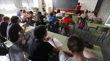 Los alumnos de infantil en Catalunya bajarán un 11% en el 2026 y subirán los de ESO un 16%