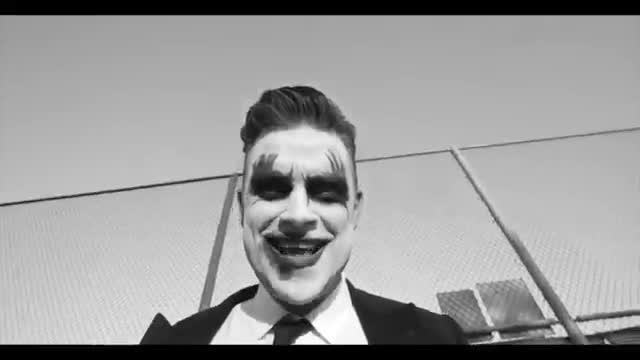 V�deo de presentaci�n de la gira 'Let Me Entertain You Tour 2015', del cantante Robbie Williams.