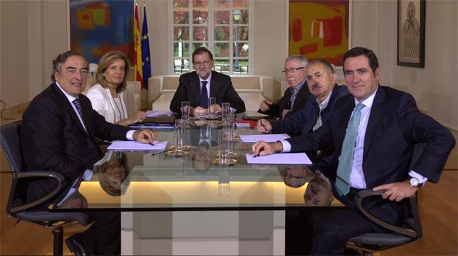 Sindicats i patronals reclamen a Rajoy pactes sobre pensions i ocupació