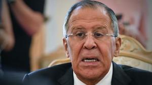 zentauroepp39758763 russian foreign minister sergei lavrov speaks during a meeti170821141139