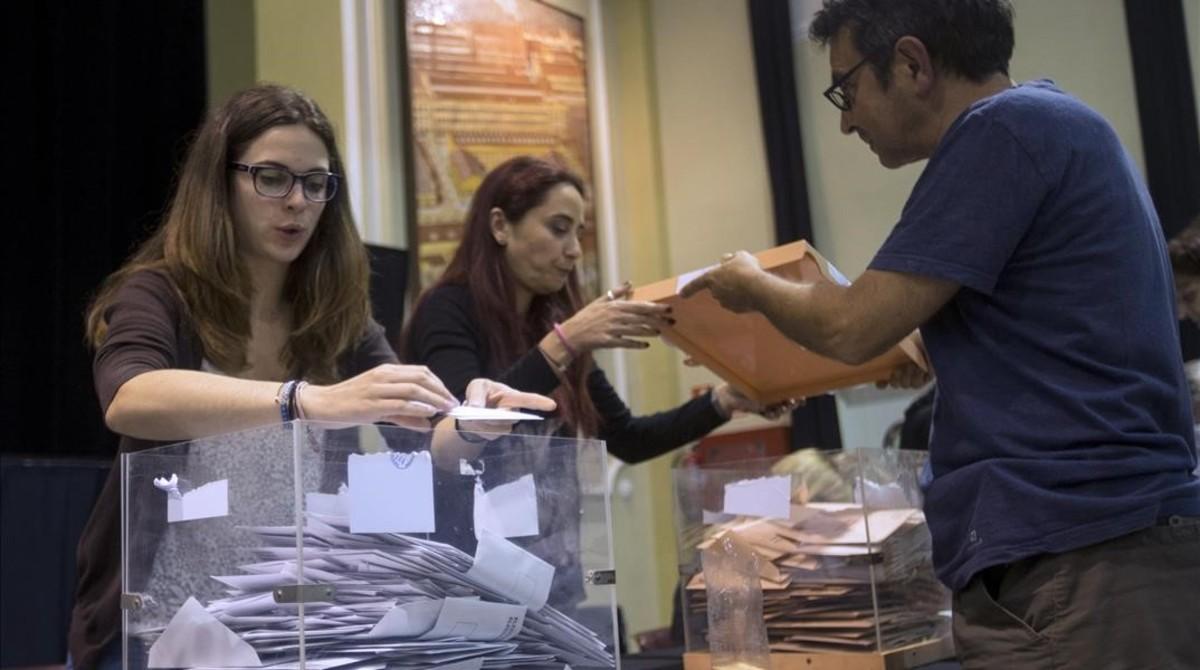 Puigdemont anuncia dónde se podrá votar en el referéndum (ES)