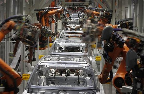 Cadena de robots en unafábrica alemana de Audi.