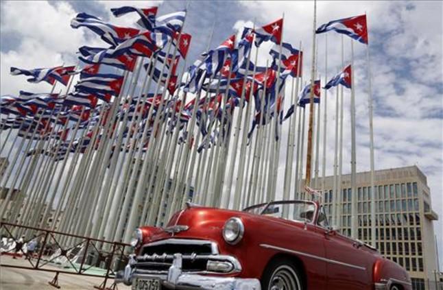 EEUU aligera m�s sanciones a Cuba