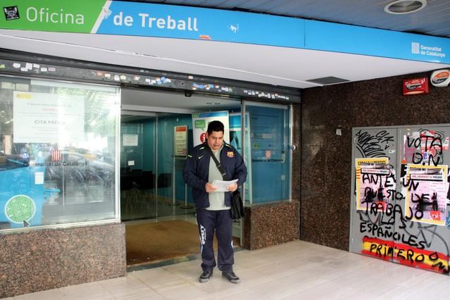 El paro baja en abril un 2 en catalunya for Oficina del paro barcelona