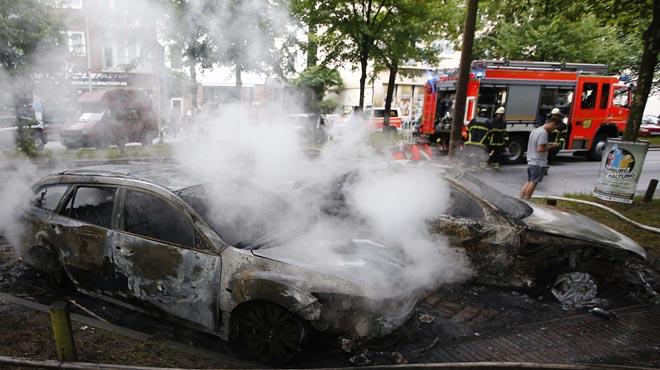 Enfrontaments entre manifestants i policia a Hamburg per la cimera del G-20