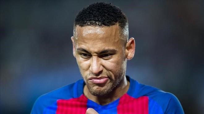Neymar durante el partido contra el Manchester City en el Camp Nou.