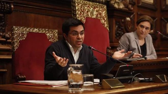 Barcelona empieza a entregar las ayudas del IBI a familias con rentas bajas