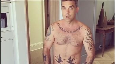 Robbie Williams, desnudo en un v�deo casero colgado de Instagram.