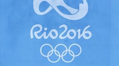 Controls de pa sucat amb oli a Rio