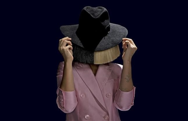Sia, la estrella sin rostro