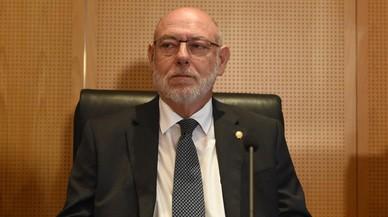 Maza no veu delicte en l'acord de Colau i Puigdemont per a la cessió de locals