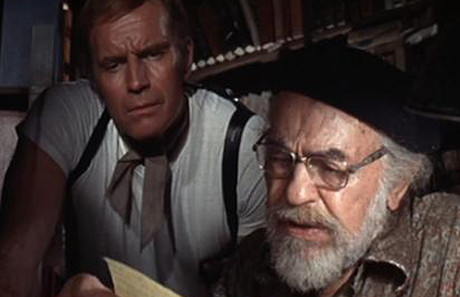 Charlton Heston y Edward G. Robinson, en 'Soylent Green' ('Cuando el destino nos alcance').
