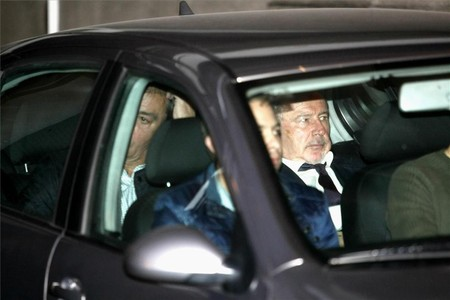 Rato sale en coche de la Audiencia Nacional para evitar a la gente que le esperaba en la calle.