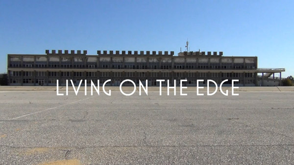Tráiler del proyecto 'Living on the edge'.