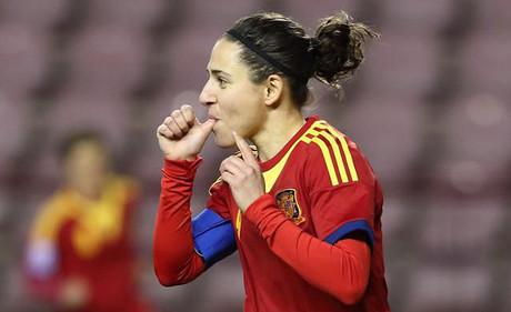 Vero Boquete celebra un gol con la selecci�n espa�ola.
