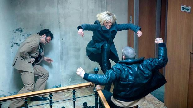 Estrenes de la setmana. Tràiler dAtómica (Atomic Blonde) (2017).