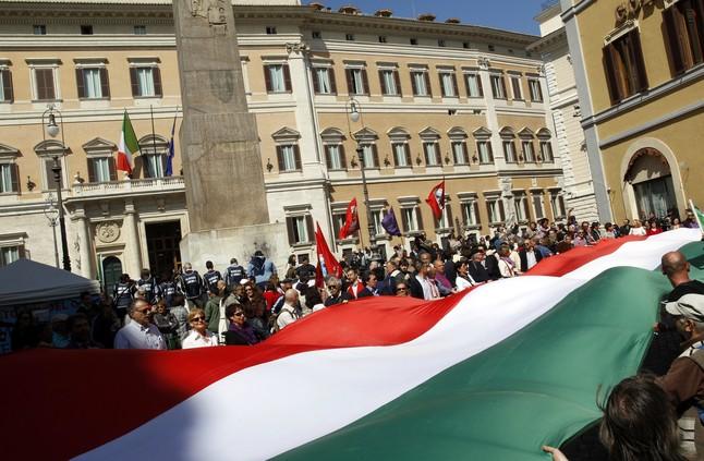 Arranca el juicio contra berlusconi por abuso de poder y for Sede parlamento roma