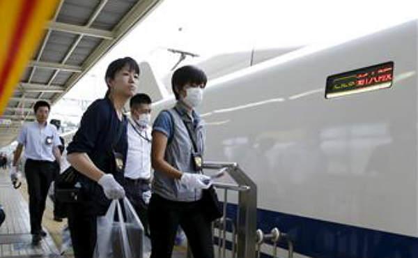 Dos morts al cremar-se un home a l'estil bonze en un tren bala japonès