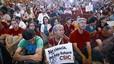 Miles de cient�ficos salen a la calle contra el �desprecio� de Guindos