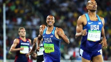 Eaton repeteix títol en decatló amb rècord olímpic