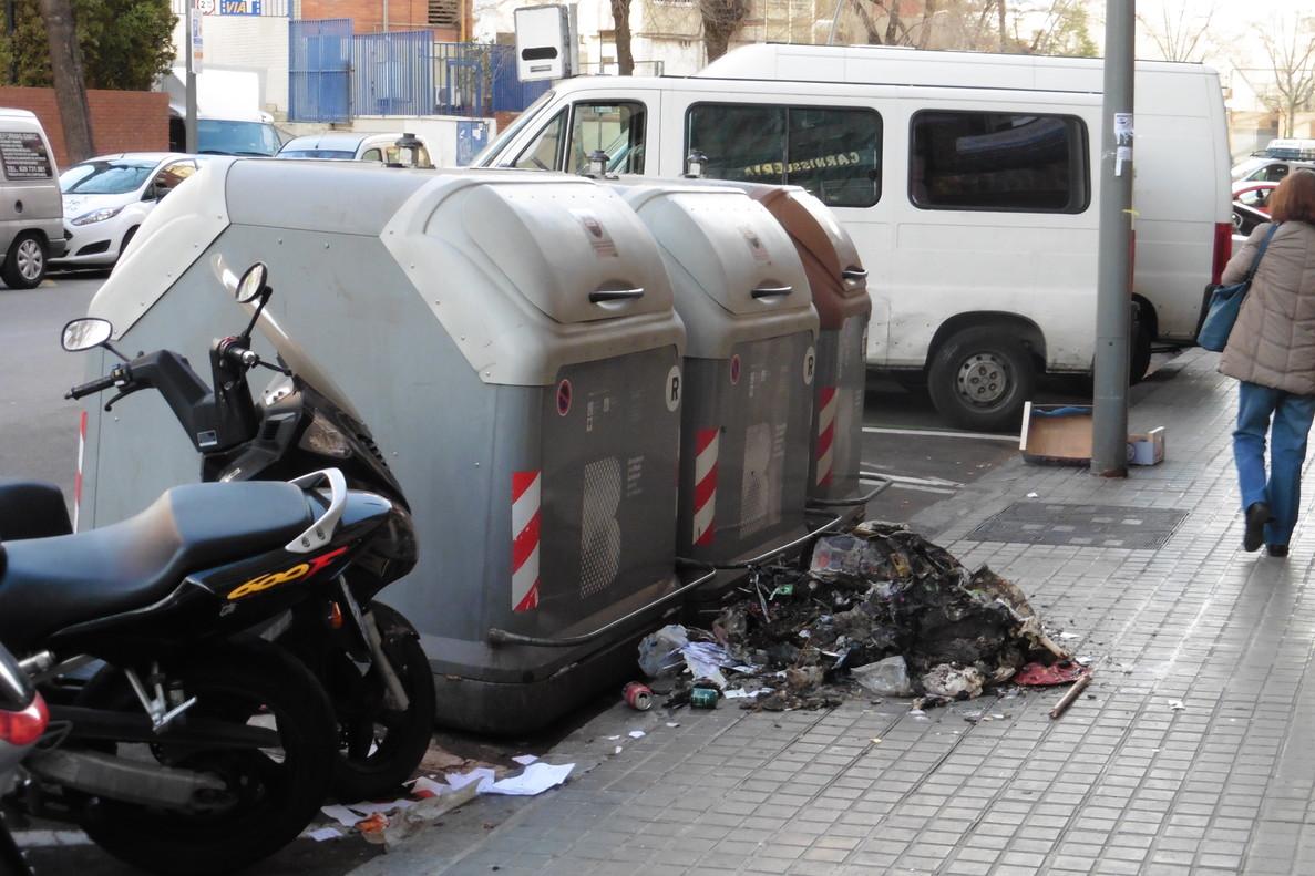 L'educació (i les escombraries), per terra