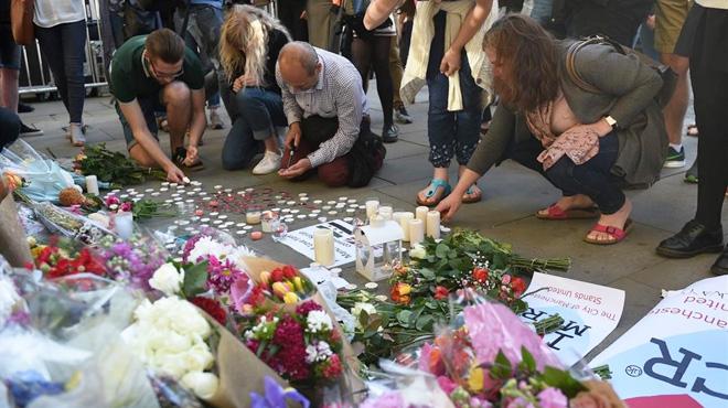 Les vides truncades en l'atemptat de Manchester