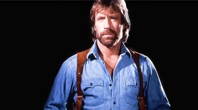 Chuck Norris va aguantar dos infarts en menys d'una hora