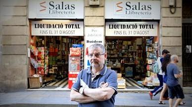 """Manel Gràcia, librero: """"El gran golpe al libro ha sido el móvil, no la digitalización"""""""