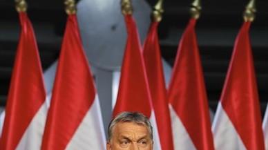El Gobierno de Hungría lanza una consulta popular anti-Unión Europea