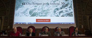Protegir el català i reconèixer l'arrelament del castellà