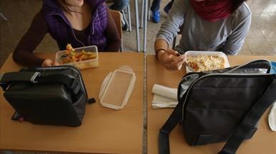 El Parlament ordena a Ensenyament recuperar los comedores en los institutos públicos