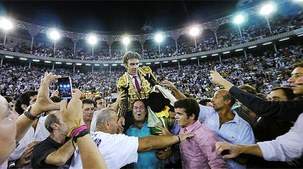 El torero José Tomas dio la última corrida en la Monumental de Barcelona