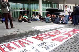 Protesta daquest divendres a la Ciutat de la Justícia per demanar la llibertat dels detinguts durant les protestes de Can Vies.