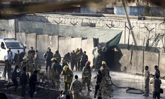 AL MENOS DIEZ MUERTOS Y 20 HERIDOS EN UN ATAQUE SUICIDA EN KABUL