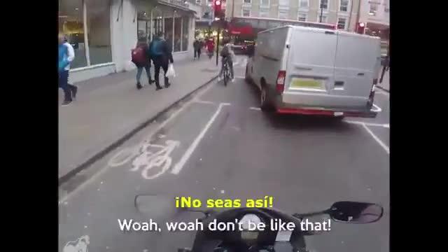 vídeo acoso callejero en UK