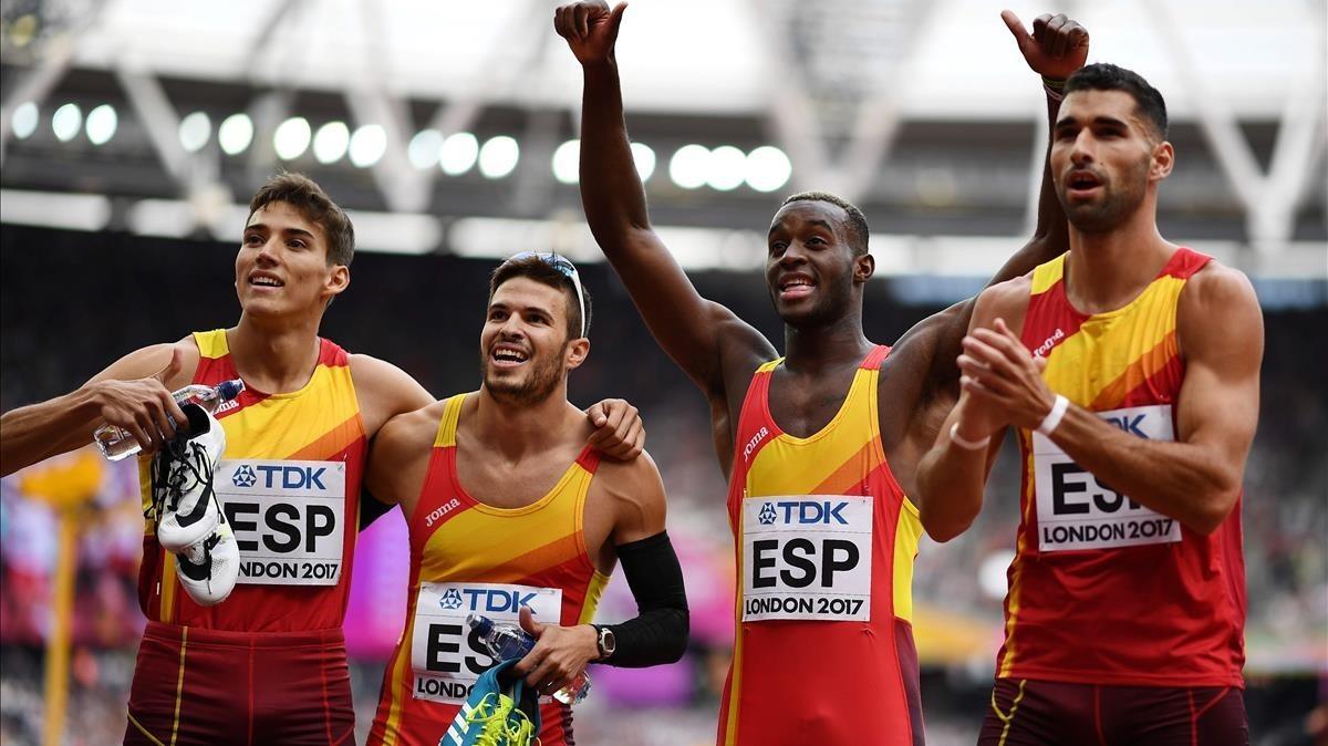 Bua, Husillos, Echeverry y García celebran el triunfo y la calificación para la final.
