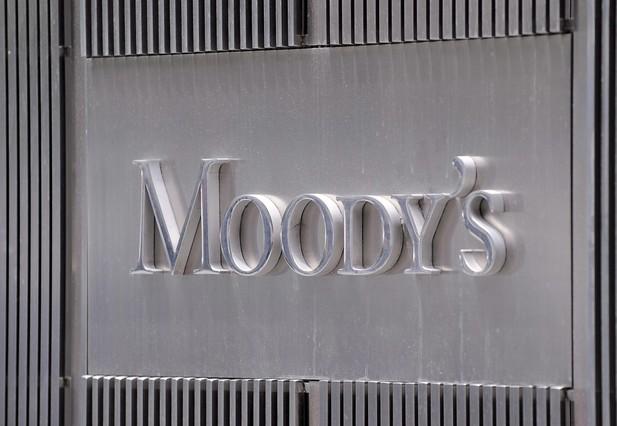 Moody's lanza un torpedo contra el 'proc�s'