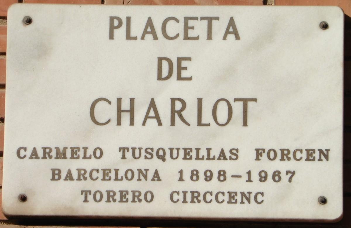Charlot, oblidat als carrers de Barcelona