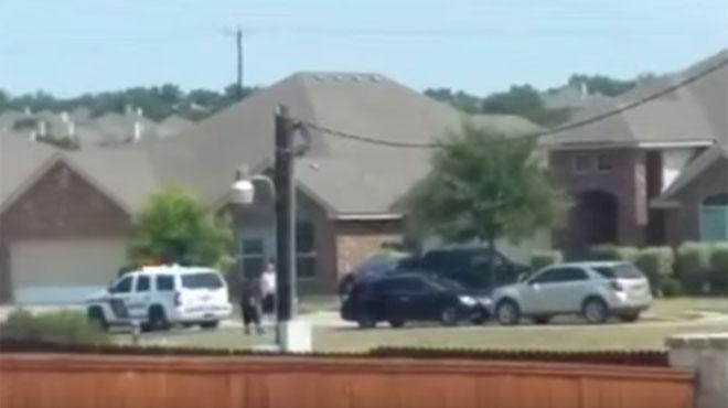 L'FBI investiga la mort d'un home a mans de la policia a Texas