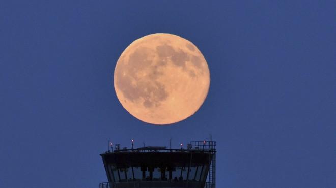 Solstici d'estiu amb lluna plena per primera vegada en 67 anys