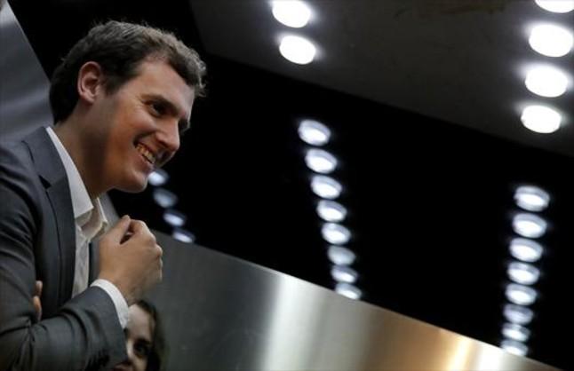 """Albert Rivera: """"Buscamos romper la guerra fría entre PP y PSOE"""""""
