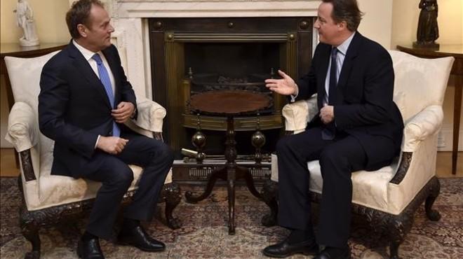 Cameron intenta tancar contra rellotge un acord amb la UE