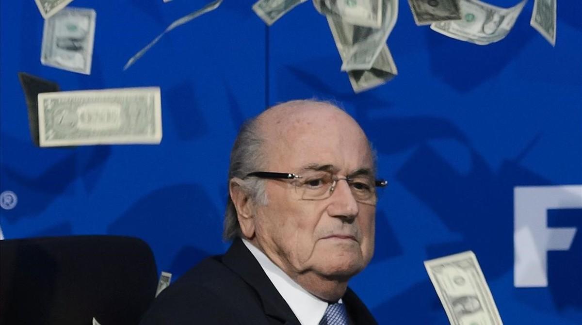 Incautan documentos en la Federación Francesa de Fútbol por el caso Blatter