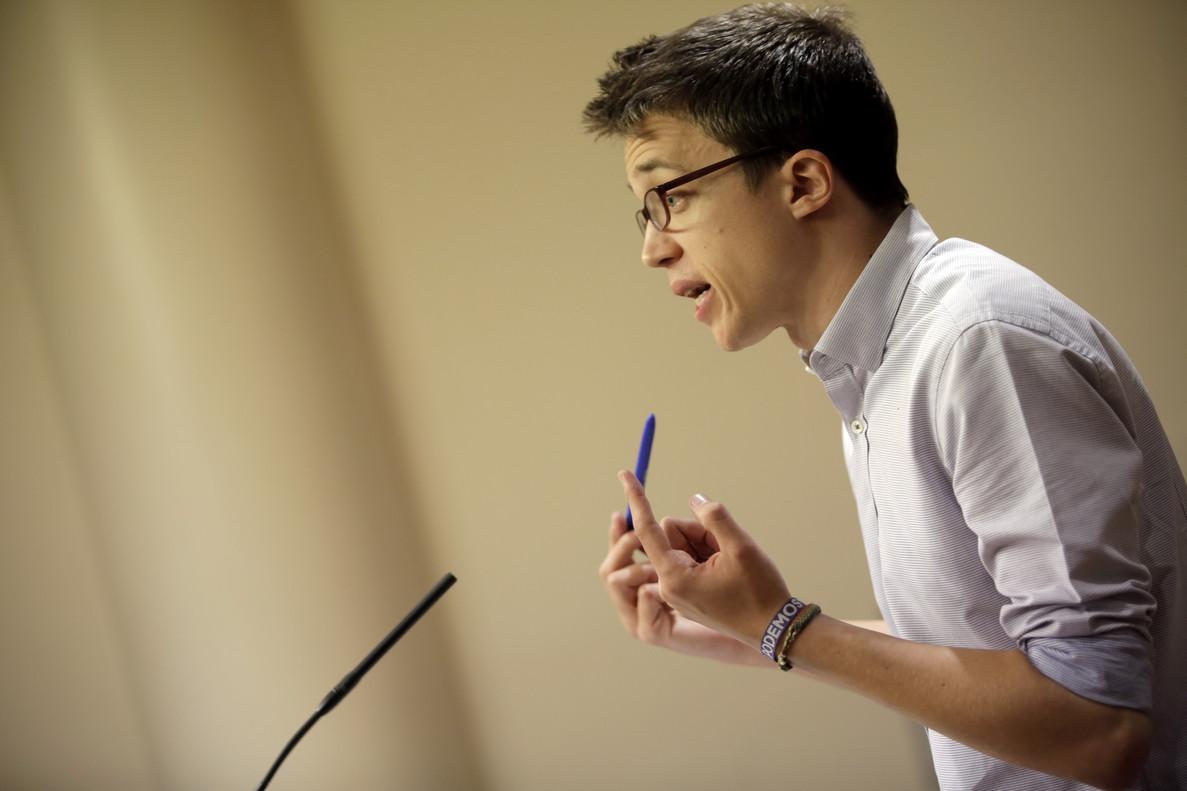 Íñigo Errejón, en rueda de prensa tras la junta de portavoces